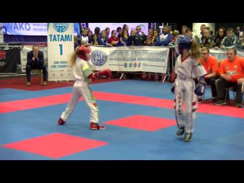 Vivien Viczien v Jesse Jane McParland WAKO Junior and Cadet World Championships 2016