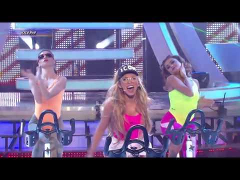 Ruby se transformă în Ariana Grande Side To Side ft Nicki Minaj
