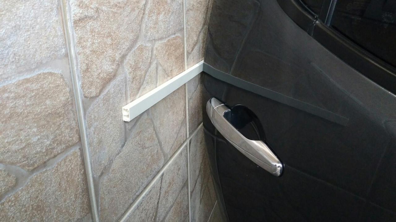 Prote o para n o arranhar a porta do carro na parede youtube - Proteger paredes de rozaduras ...