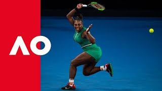 Serena attacks Halep serve | Australian Open 2019
