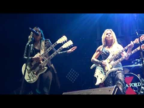 04 Lita Ford with Lzzy Hale - Close My Eyes