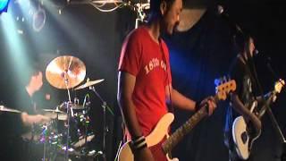 ザ・キーオ2011年7月17日の古河スパイダーでのライブ映像.