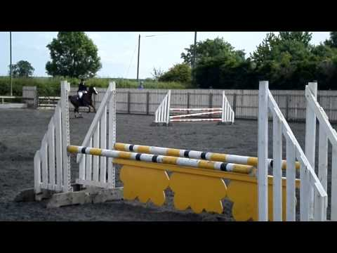 Leona Salmon & Red Alert at Port Royal 12th July 2015 BSJA 85cm Dodson & Horrell national amateur