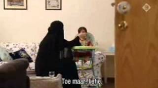 Repeat youtube video Saudi Wife Shows us into her Home part1