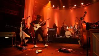 "Miss Li - ""My Heart Goes Boom""  Live at Berns (2013)"