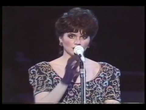 Linda Ronstadt - Guess I'll Hang My Tears Out to Dry