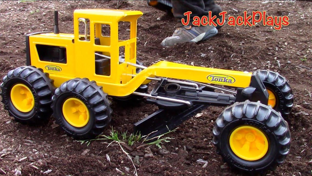 Tonka Construction Toys For Boys : Sandbox construction vehicles tonka grader toy unboxing playtime