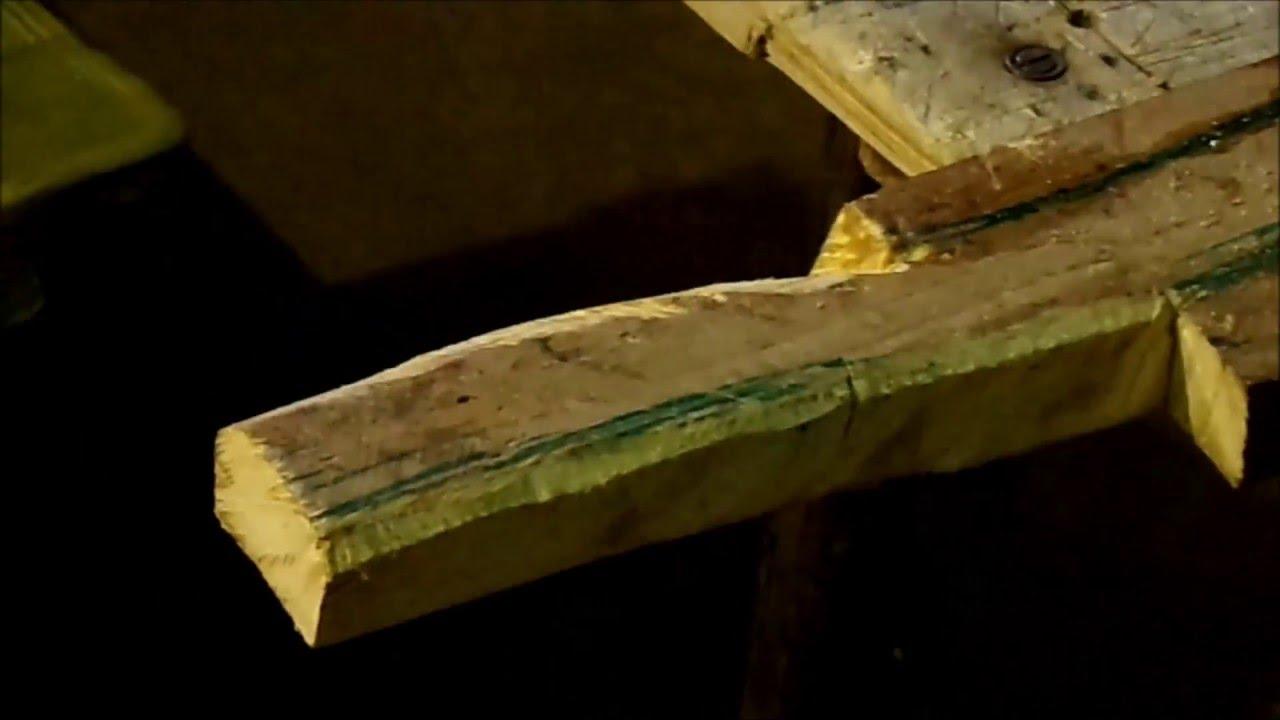 como hacer cabo de hachapalo de hacha madera palet how do an ax stick wood pallet
