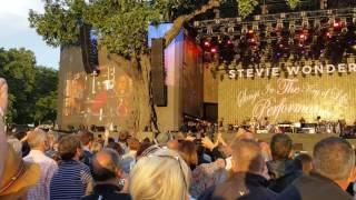 Stevie Wonder. Isn't she lovely. BST Hyde Park.