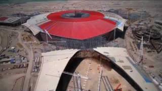 """""""Ferrari World Abu Dhabi: Eines der größten Metalldächer der Welt entsteht"""