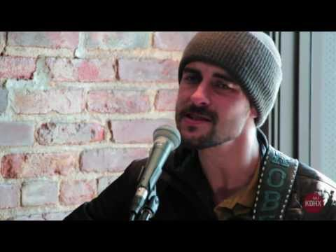 "Robert Ellis ""Only Lies"" Live at KDHX 2/10/14"