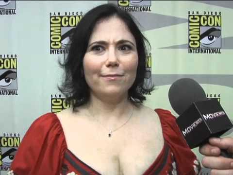 Family Guy - Season 9: Comic-Con 2010 Exclusive: Alex Borstein