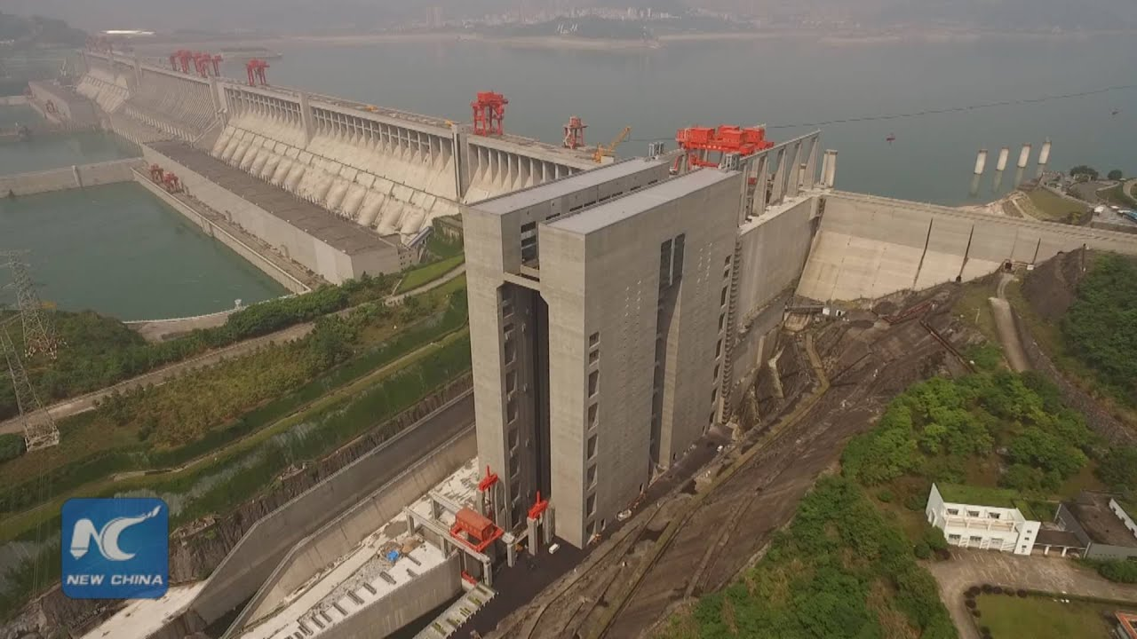 Three gorges dam project china s biggest project since the great wall - Exclusive Aerial View World S Largest Shiplift At China S Three Gorges Dam Youtube