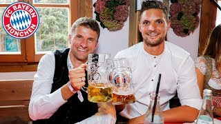 Müller's Crazy Dance - Tolisso & Davies speak Bavarian | FC Bayern Shorts Vol. 26 | Oktoberfest