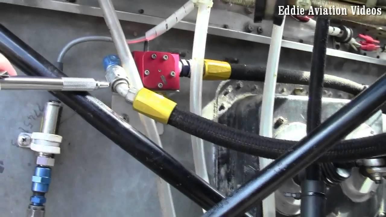Sistema de combustible de un avion