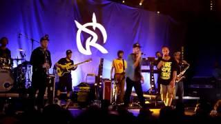 Irie Révoltés - Zu schnell (live @ Praha - Roxy 4-10-15)