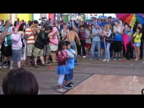 Santa Monica Pier show, LA, California II - Augen