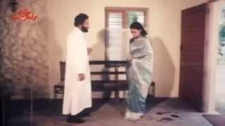 Repeat youtube video Kolai Iravu Tamil Movie Part 3