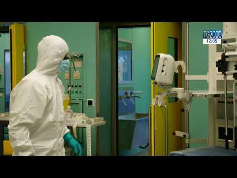 Covid-19, nuovo allarme in Lombardia. Ospedali con reparti saturi