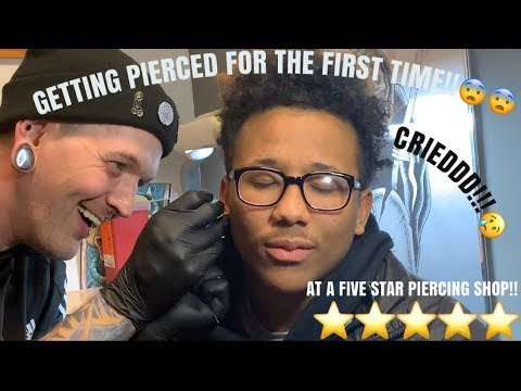 GETTING EARS PIERCED AT BEST PIERCING SHOP IN OUR CITY!!!{{I CRYY}}