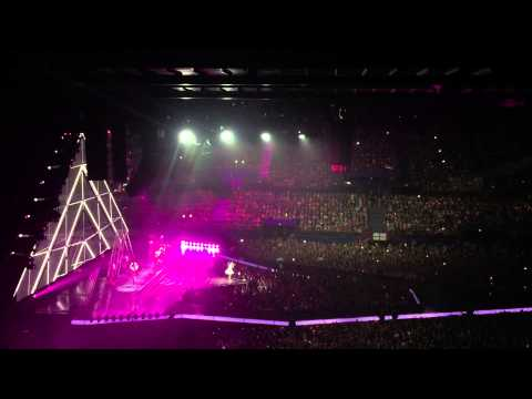 Katy Perry - Intro + Roar Live at Brisbane Entertainment Centre 28/11/14