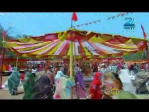 Phir Subah Hogi May 15 Gulabiya's Dance