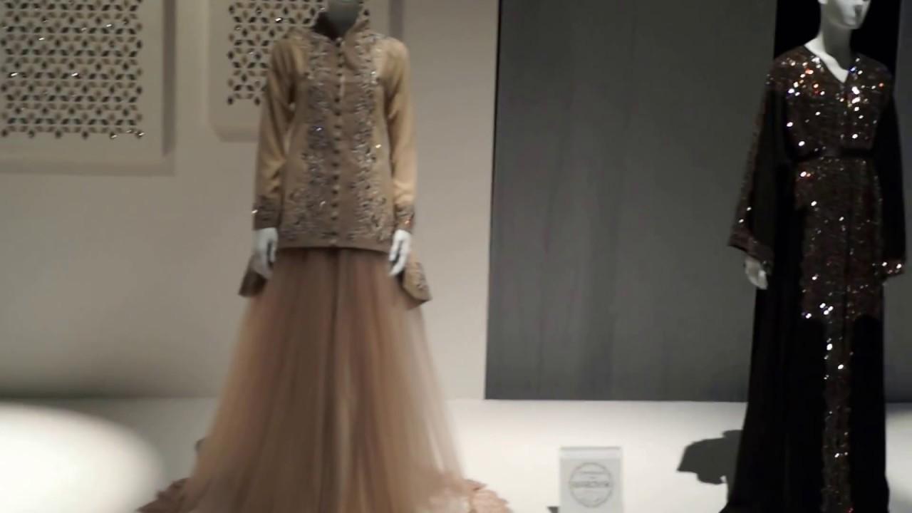 Dubai Fashion Event With Swarovski Celebration 120 Years With Top Arab Designers Youtube