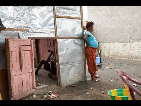 Jeunes filles des rues à Kinshasa (RDC)