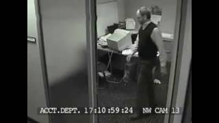 computer rage/ freak out/ office stress compilation(, 2013-04-04T14:40:32.000Z)