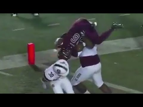 SC State Football Players Tag Team POWERBOMB Opponent to Stop Touchdown