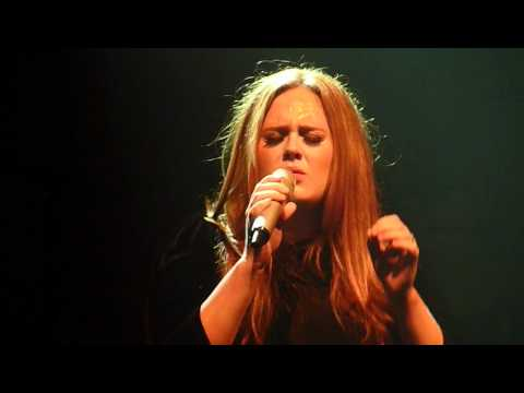 Adele - Turning tables (Live in Manchester Academy 17 April 2011)