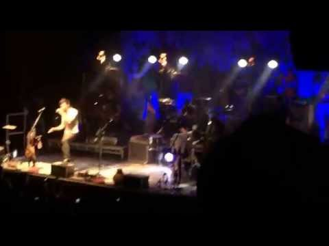 Walk off the Earth (Live) - Man Down (Rihanna Cover) - The Ritz Manchester