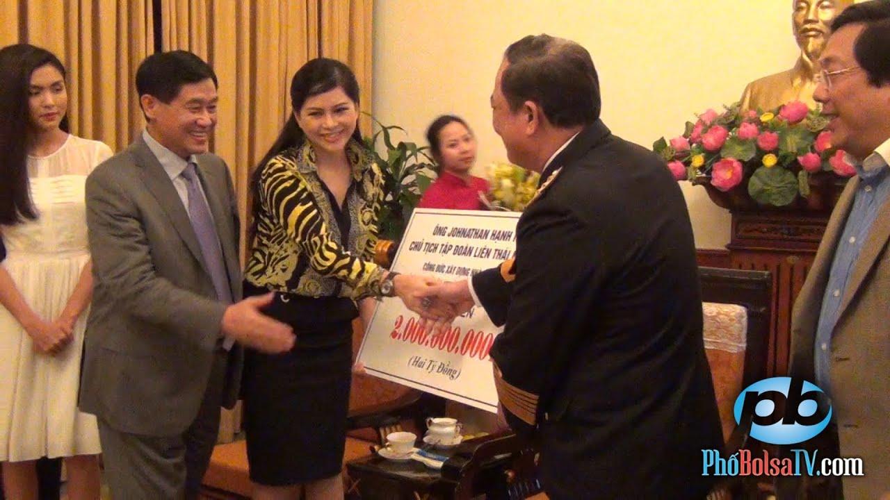 Doanh nhân Jonathan Hạnh Nguyễn tặng 2 tỷ đồng xây dựng bia tưởng niệm