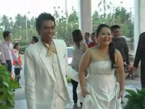 งานแต่งงาน หมู กับ ธรรม.flv