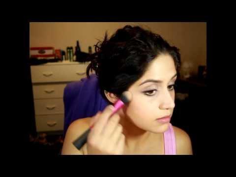 Everyday Makeup Tutorial in Greek Cypriot