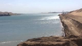أول ظهور لقناة السويس الجديدة بالضفتين بمدخلها الجنوبي مشهد مذهل