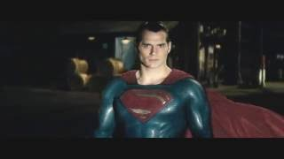Бой в порту . Супермен угрожает Бэтмену!  Бэтмен против Супермена На заре справедливости! (2016)
