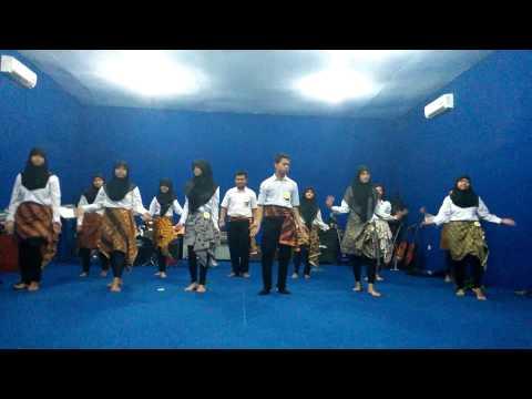 Vocal Group XI BHS 1 - Inikah Cinta