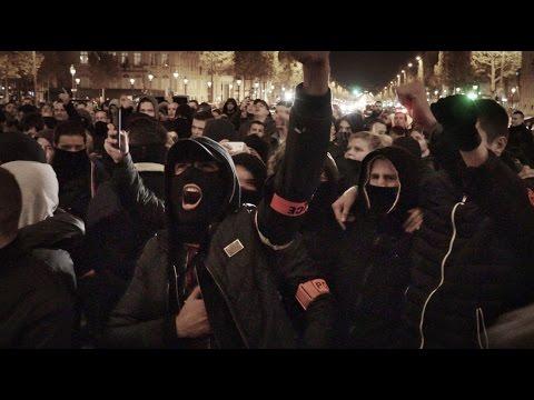 PARIS 20/10/2016 • LA POLICE PÈTE UN PLOMB ET MARCHE VERS L'ÉLYSÉE