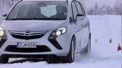 Testissä Opel Zafira Tourer - ajettavuus (Teknari 3/2012)