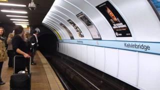 Tube in Glasgow グラスゴーの地下鉄