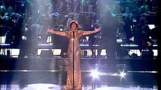 Shirley Bassey at the 2005 Royal Variety Performance