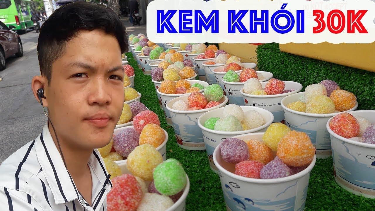 Chàng trai bán kem khói, món ăn vặt lạ và hấp dẫn ở Sài Gòn
