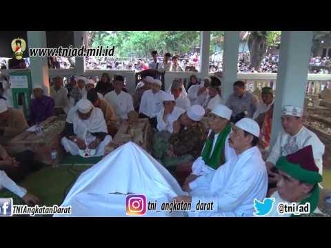 Panglima TNI Menyampaikan Peran Para Ulama di Pondok Buntet Pesantren Cirebon