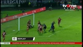 Download Video Gol Esteban Vizcarra (AremaFC vs Bhayangkara FC)(2-0) GT Liga 1 Indonesia 2017 MP3 3GP MP4