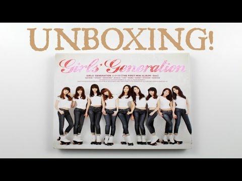 Girls' Generation Gee Unboxing! [소녀시대]