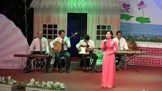 Trần Kim Thoại : Người Mẹ Miền Nam. Guitar Lê Của.