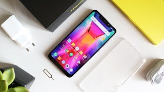Unboxing Pocophone F1 & Hands On Review - Inikah The Perfect Phone??