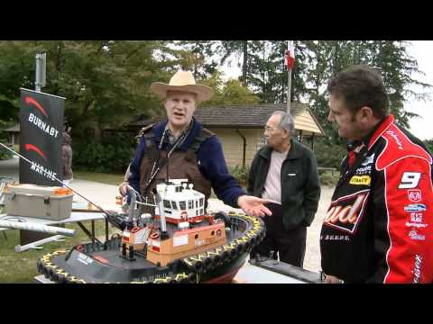 RC-TV Gary King shows off his voith-schneider-propeller driven RC tug.