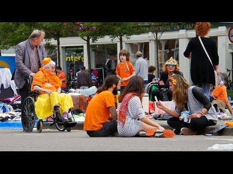 Walking King's Day ( Queensday)  Amsterdam